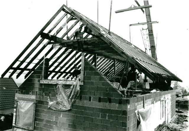 Haus Dachstuhl Absenken Mittels Wandsagen Beton Sagen
